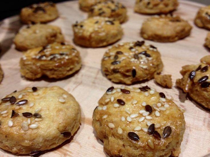Biscotti di frolla al pecorino, per i vostri aperitivi.