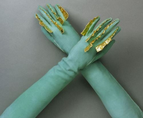 Mer-man  yeoldefashion:    Gloves from Schiaparelli's Spring-Summer 1939 collection.  These are most definitely Capitol Couture.