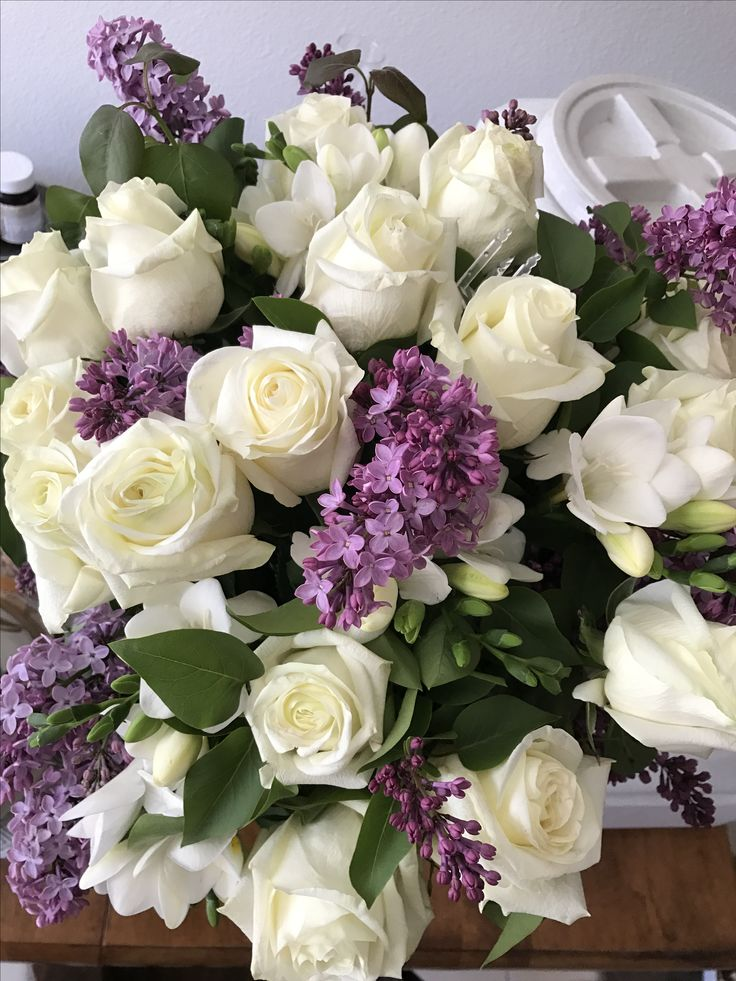My April arrangement from Joe ~ my favorites white roses, lilacs and white freesia ! 💐