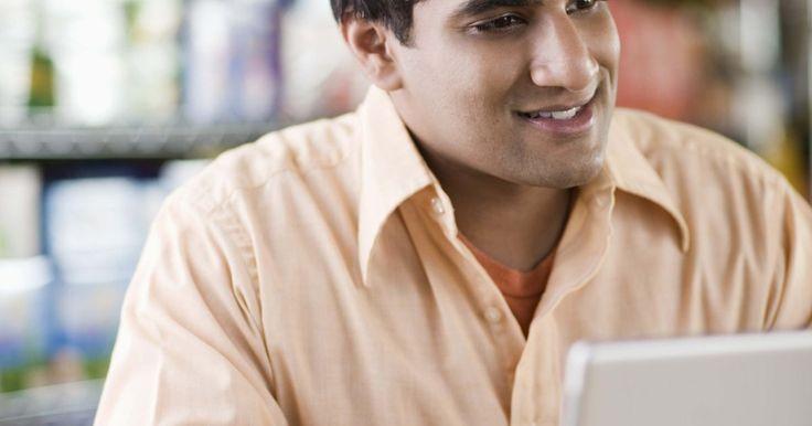 Cómo subir fotos a sitios web. Subir fotos a un sitio web requiere el acceso a una serie de algunos elementos web básicos antes de comenzar el proyecto. El acceso a un servidor en línea, el software de edición de HTML o un sistema de gestión de contenidos para el sitio de destino son todos los elementos necesarios para subir tus imágenes a un sitio web. Familiarízate con la ...