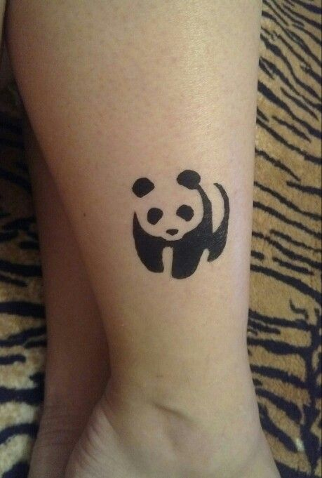 тату хной панда