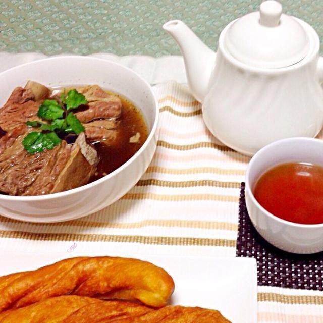 マレーシア風に仕上げてみました。中華風揚げパンも手作りです。 - 4件のもぐもぐ - バクテー by malapascua