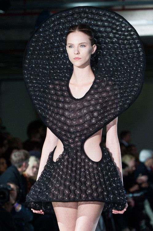 Wearable Sculpture - black dress with 3D bubble textures & exaggerated sculptural silhouette // Iris van Herpen.    Cats nose