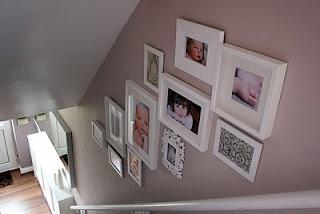 Stairway picture frame arrangement: Idea 1
