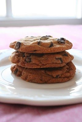 Consummate Chocolate Chip Cookies | Fooding sucré & Patisserie | Pint ...