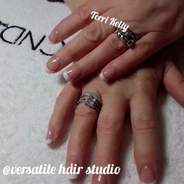 #frenchpolishwraps #frenchpolish #salonnails #nailswag #nailstagram #instanails