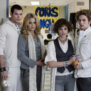 Emmett, Rosalie, Alice, Jasper from Twilight