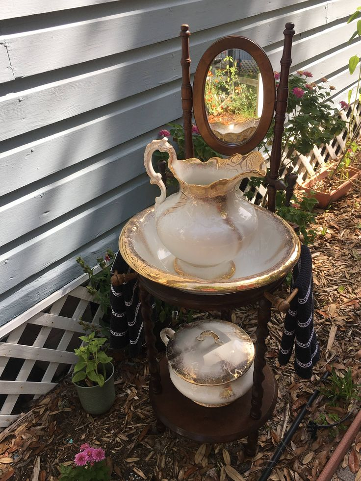 Antique Wash Stand, Large Pitcher, Wash Basin, Farmhouse Decor, Bathroom Decor, Country, Homer Laughlin by MaggieBleus on Etsy