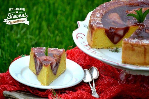 Prajitura cu branza, rubarba si pere rosii http://www.simonapatras.com/2015/04/prajitura-cu-branza-rubarba-si-pere.html