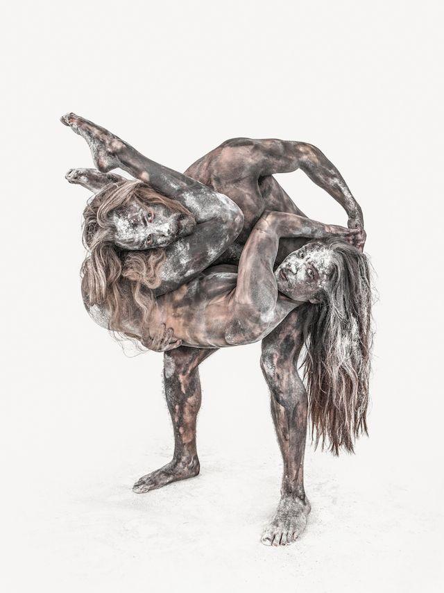 Ben Hopper Turns People Into Abstract Sculptures | iGNANT.de
