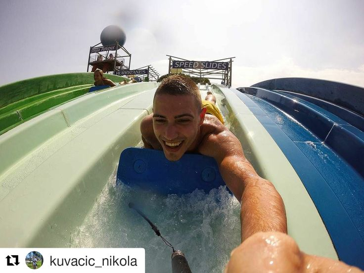 Una de les millors fotos de la setmana és aquesta d'en @kuvacic_nikola baixant els #speedslides. Que us sembla ? #waterworldlloret #waterpark #lloretdemar #viulloret #costabrava