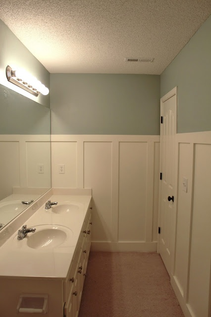easy diy board and batten tutorial bathroom pinterest. Black Bedroom Furniture Sets. Home Design Ideas