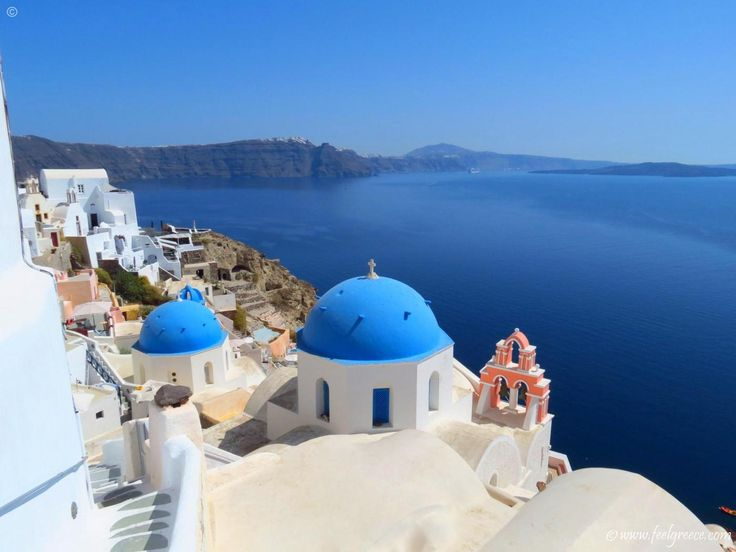 A church in Oia, the place with the most famous sunset in Santorini