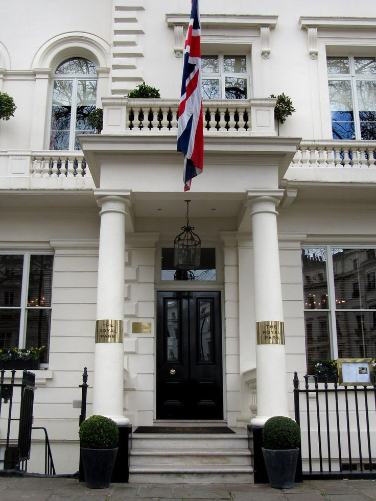 Royal London Hotel London - Bing Maps