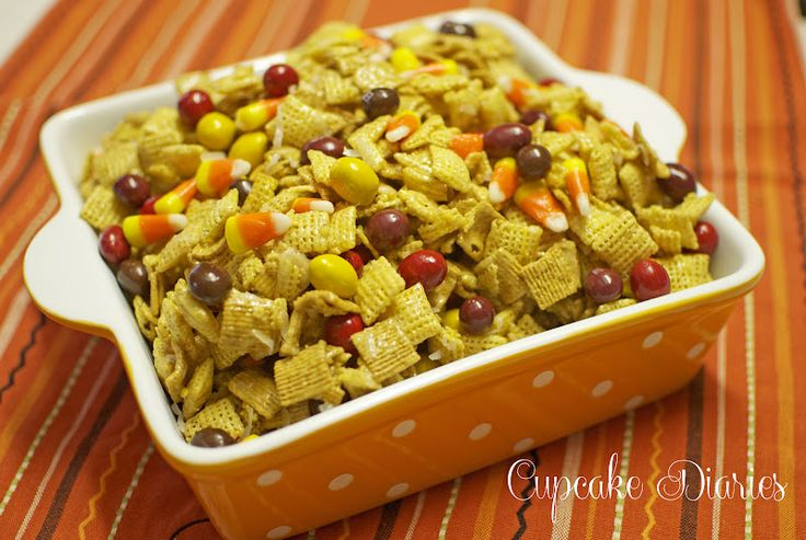 Fall Chewy Chex Mix #halloween #dessert #snack #food