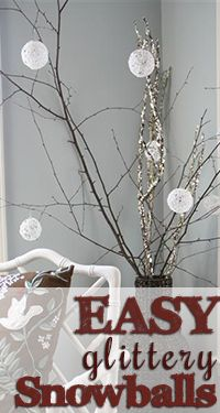 Easy glittery snowball tutorial! Such a fun project and they look BEAUTIFUL on a Christmas tree or displayed on branches or anywhere throughout the house for the holidays.: