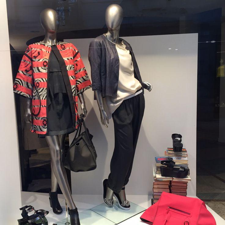 Showcase woman - fashion trendy clothing