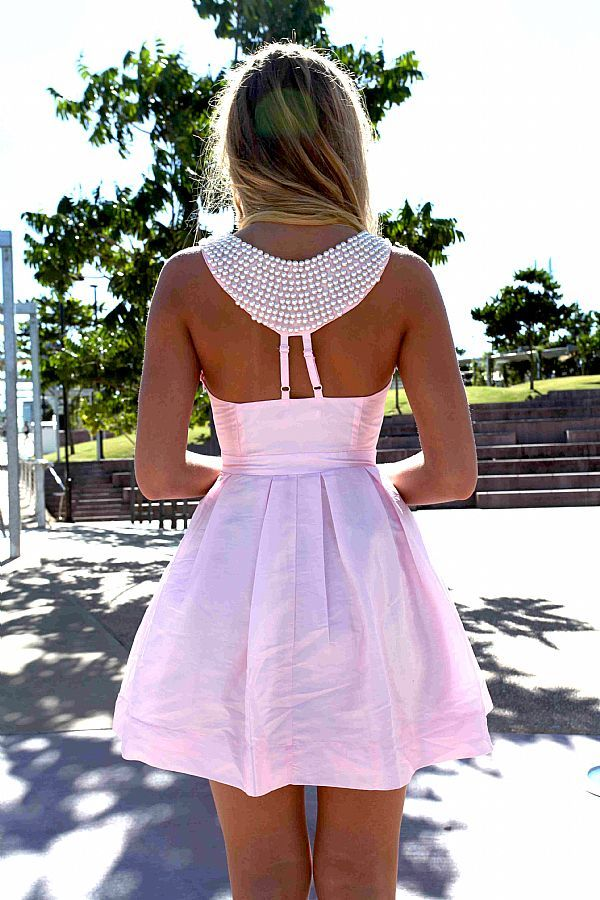 So cute!: Pink Pearls, Summer Dresses, Dreams Closet, Pretty In Pink, Cute Dresses, Bridesmaid Dresses, Lights Pink Dresses, Breakfast At Tiffany, Sweet Dresses
