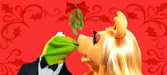 Baciatevi sotto il vischio! #Muppets #mistletoe #Christmas #flowers &…