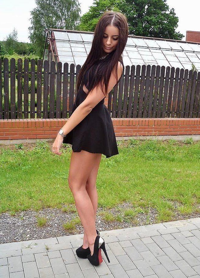 women skirts high heels - photo #26