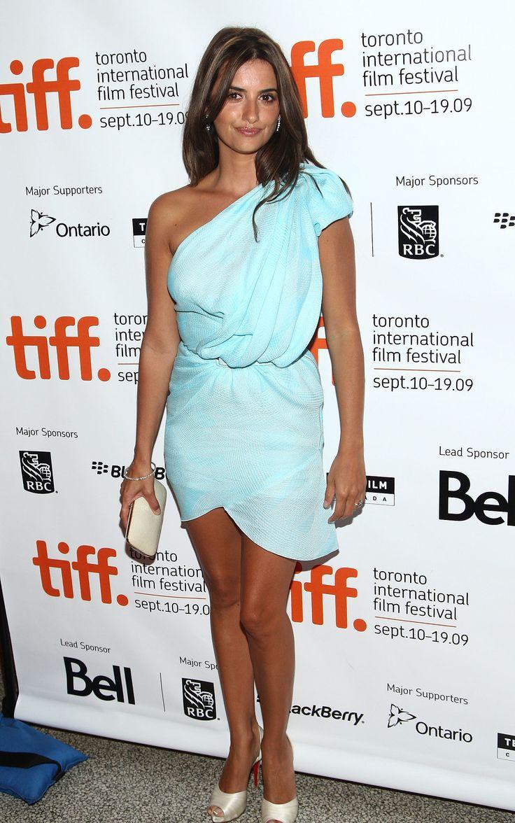 The dress he wore toronto - 28 Of Pen Lope Cruz S Sexiest Snaps