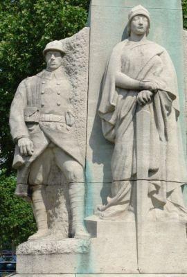 monument au maréchal Fayolle. Place Vauban. Paris 7e