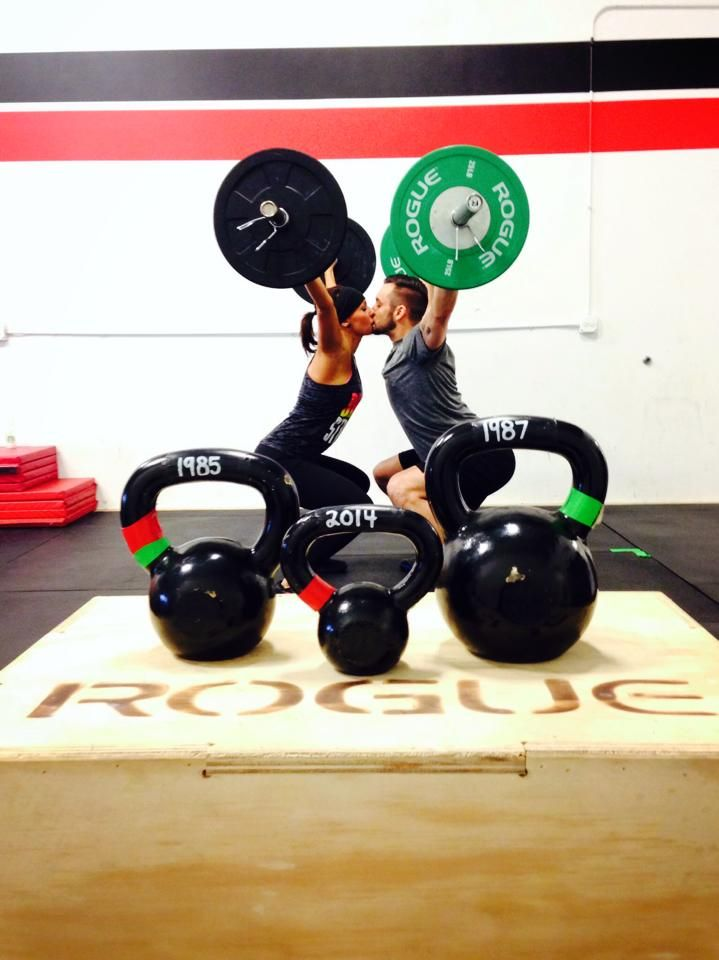 adorable CrossFit baby announcement!