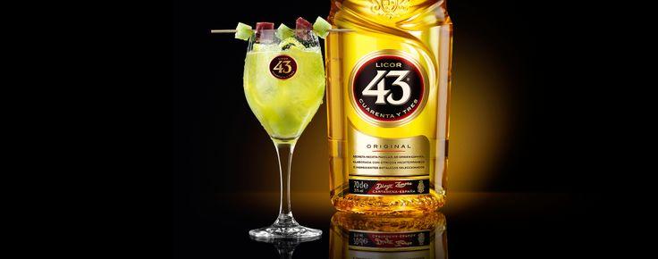 Meng het sap van een hele galiameloen met een scheut limoensap en flink wat Licor 43, zo maak je heel eenvoudig deze geweldig smaakvolle cocktail.