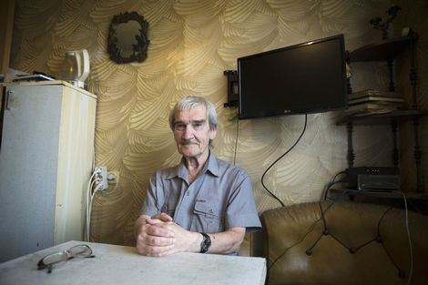 Stanislav Petrov, een held volgens Hollywood, is in eigen land onbemind, onbemiddeld en onbekend.: