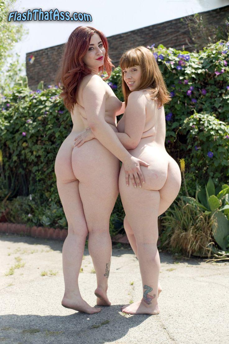 public flash nudist exhibitionist perfect body