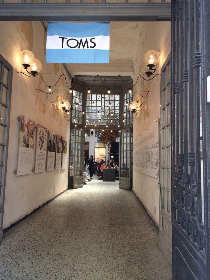 Toms cafe thessaloniki
