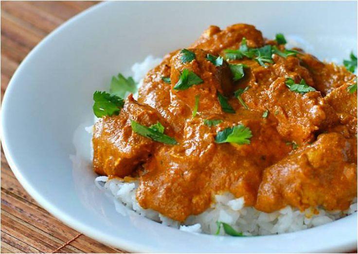 Pollo Tikka Masala una receta muy conocida en La India, aromática 100% por su mezcla de especias Garam Masala. Es un plato laborioso pero exquisito.