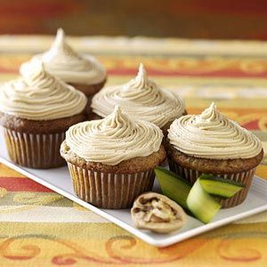 Zucchini Cupcakes with Caramel Frosting: Fun Recipes, Remember This, People Start, Cupcake Recipes, Cupcakes Recipe, Extra Veggies, Gardens, Caramel Frosting