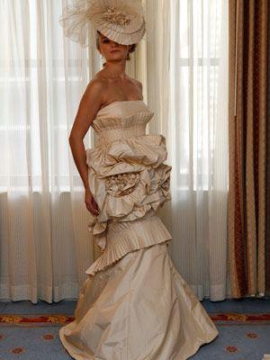 outrageous dresses //