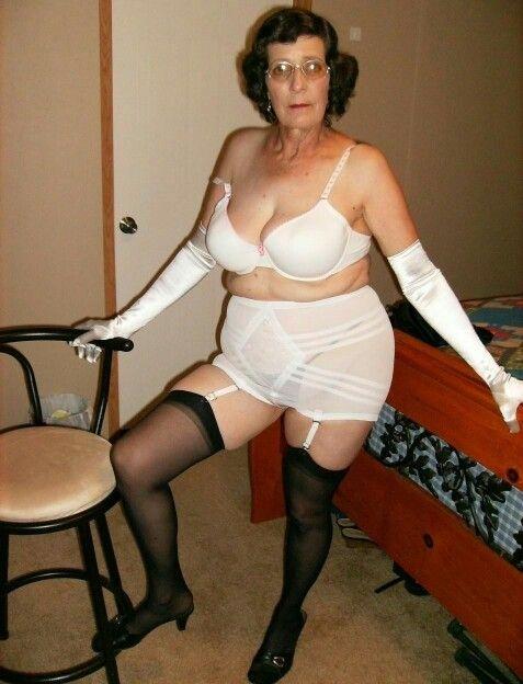Sexy Granny  Sexy Older Women, Sexy Granny, Foundation Wear-8985