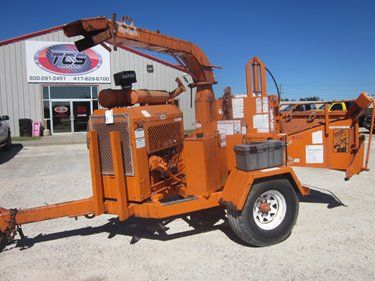 THIS UNIT HAS BEEN SOLD! ► 1999 Brush Bandit 250XP Wood Chipper  ► LINK: http://www.truckcs.com/Available-Trucks-(1)/Other-Equipment/BRUSHBANDIT.aspx