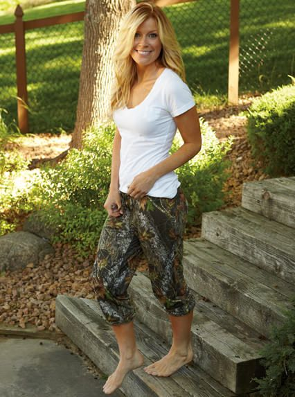 Cute and Comfy, check out these Mossy Oak Capris