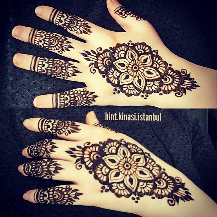 Bilgi ve rezervasyon için DM  #henna #hennaalem #hennaart #hennatattoo #hennadesigne #love #designe #hindistan #pakistan #mehndi #designe #arabic #tattoo #bollywood#kına #fashion #kınagecesi #kınaorganizasyon #hint #hintfan #hintkinasi #hintkınacısı #istanbul #tattoo #geçicidövme #hennanight #bridalhenna #beauty #hands #fingers #body #makeup