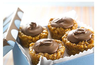 Rice Krispies Peanut Butter Chocolate Chews  - Find the recipe at Ricekrispies.ca  #ricekrispies #treats #chocolate #peanutbutter #recipe
