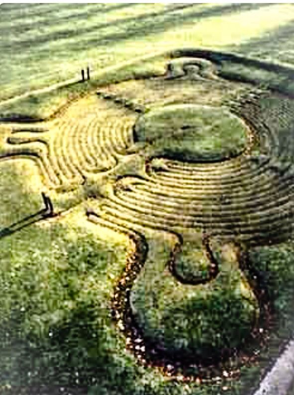 JOJO POST LABYRINTH:  England, ca 1699. Town of Saffron Walden, The most famous and one of the best preserved ancient turf mazes in the UK. (TURF MAZE).