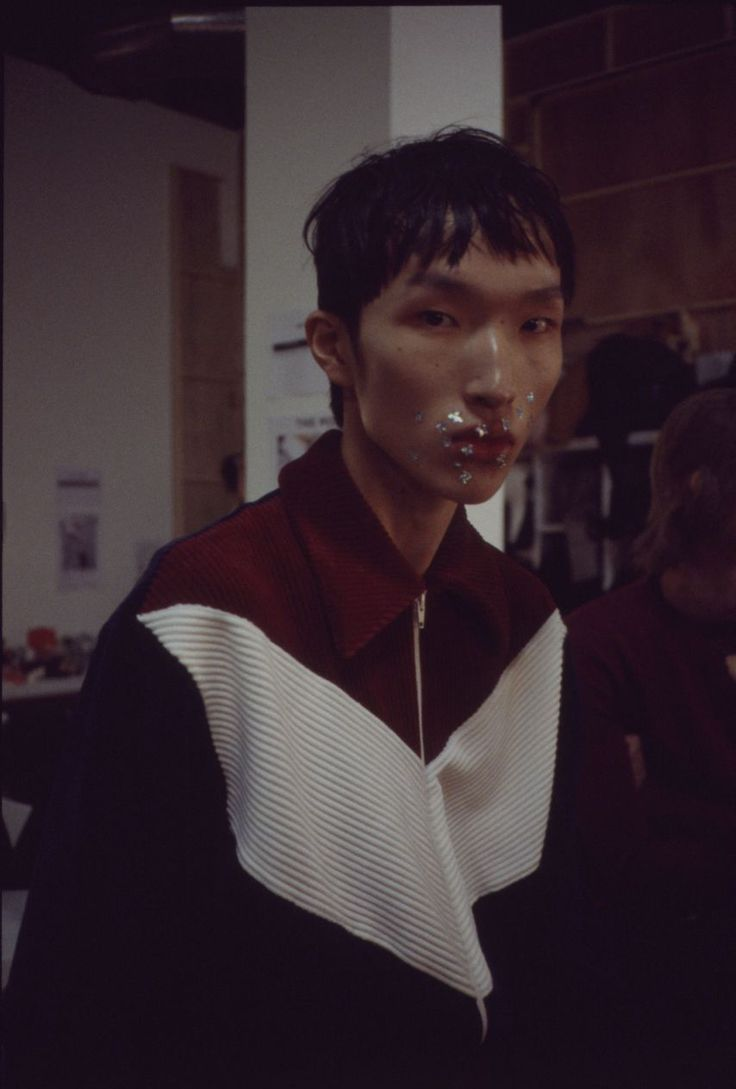 Backstage at Xander Zhou AW16/17 photography by Daan Dam