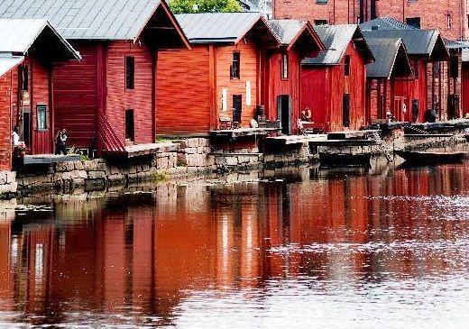 Red shore houses www.visitporvoo.fi