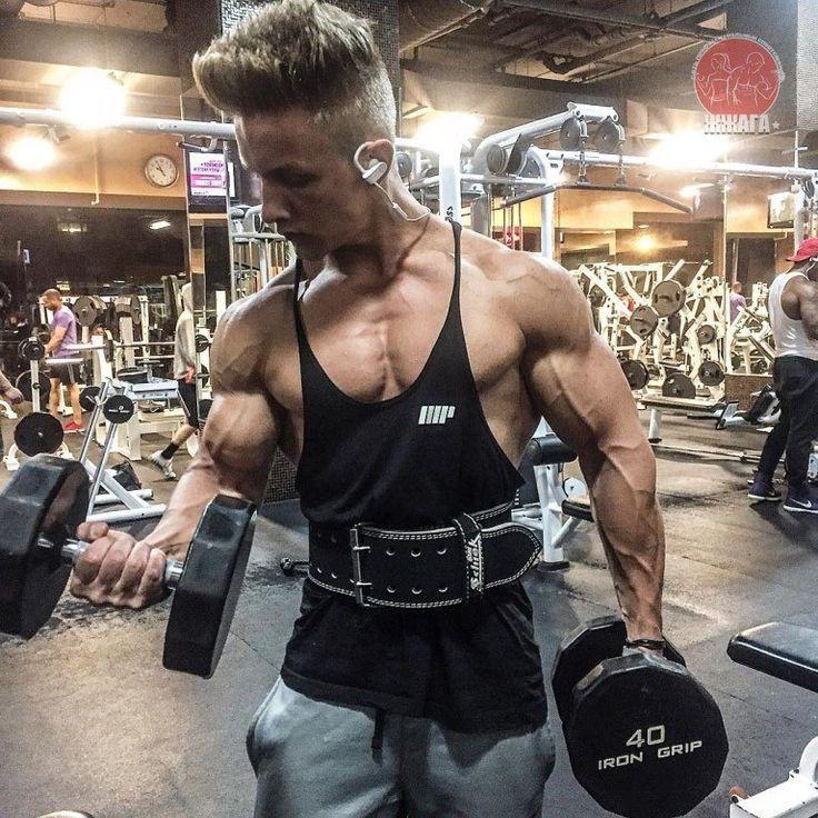 """ПРЕОДОЛЕНИЕ """"ПЛАТО"""": если мышцы не растут!   Рано или поздно каждый атлет сталкивается с проблемой остановки роста мышц. Такая ситуация называется ЗАСТОЕМ или ТРЕНИРОВОЧНЫМ ПЛАТОМ и встречается в любом скоростно — силовом виде спорта (где прогресс зависит от мышечных качеств). В культуризме цель любого прогресса — это набор мышечной массы, поэтому плато характеризуется его остановкой. Способов преодоления существует достаточно много, но откровенно говоря срабатывают они очень плохо. Почему?…"""
