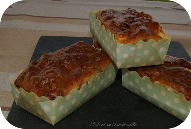 Cakes aux tomates séchées, féta et viande des grisons
