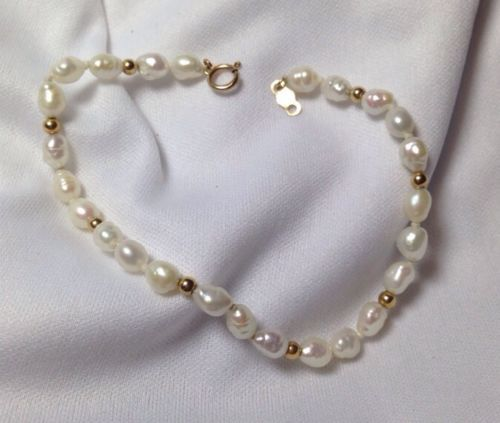 Stunning Pearl Bracelet With 14k Gold Clasp Amp Beads Ips