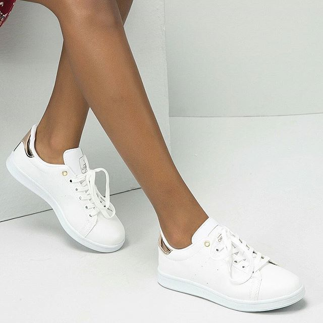 Pin By Emmaorhelen On Spor Ayakkabilar Adidas Stan Smith Adidas Sneakers Sneakers