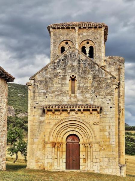 San Pedro de Tejada, Valle de Valdivielso en las Merindades. Burgos.
