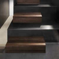 Fantastic blending of materials on these stairs.  I need to do this sometime.