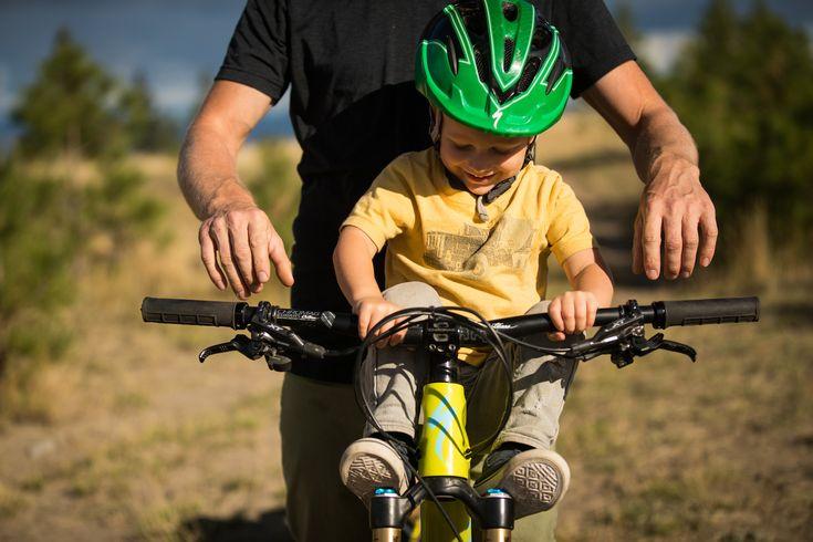 El 18 de Junio es el Día del Padre en Chile y en RAW-MTB hemos seleccionado los 10 mejores regalos para un Papá Mountainbiker.