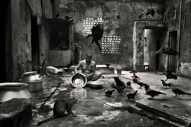 Munem Wasif - Belonging | LensCulture Munem Wasif is a young photographer from Bangladesh